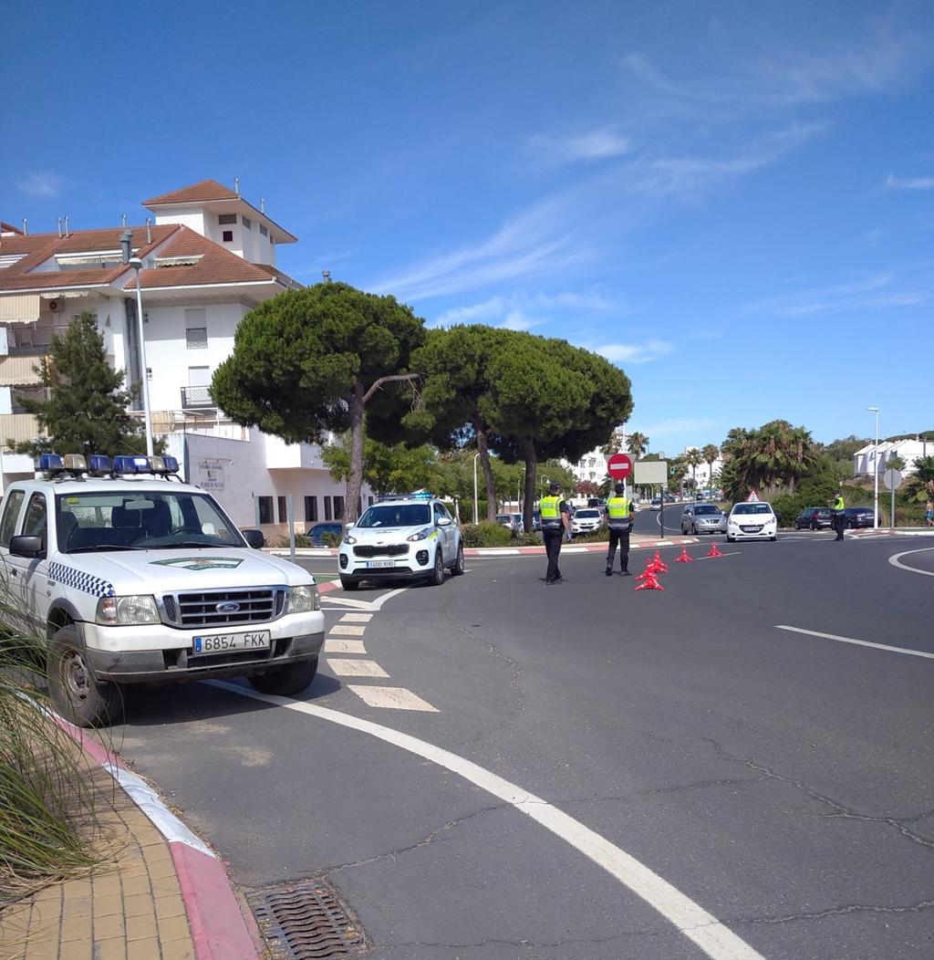 Control de la Policía Local de Cartaya este fin de semana en Nuevo Portil.